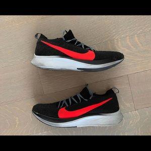 Nike Fly Zoom Flyknit 'Black/Bright Crimson